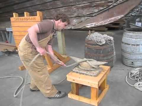 Harbor History Museum Making Fast to a Cleat Demo