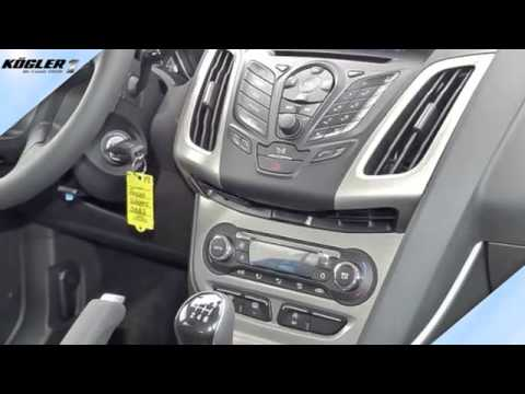 ford focus focus turnier 1 0 ecoboost sync 31 youtube. Black Bedroom Furniture Sets. Home Design Ideas