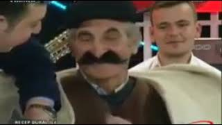 MÜTHİŞ TEKERLEME SÖYLEYEN DEDEMİZ :)