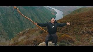 O grupo de folk-fusion Mílson's presenta un videoclip en divulgació...