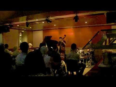 Alan Broadbent Trio
