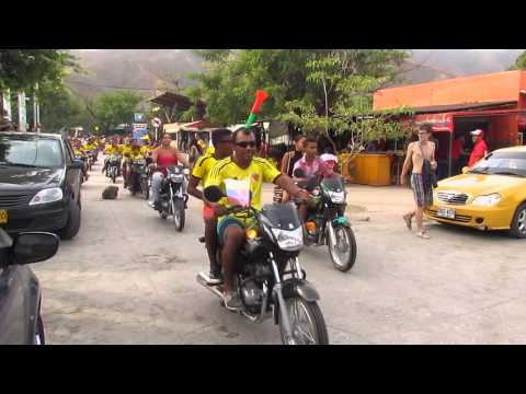 Colombia vs. Japan World Cup Soccer 4-1 - Reaction In Taganga Colombia