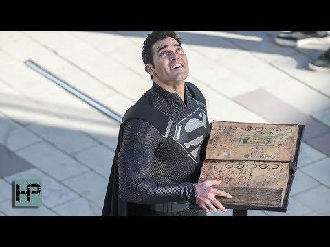 A Black Superman Suit!!! Tyler Hoechlin's Costume Goes Dark for 'Elsewords' Crossover