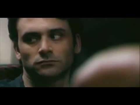 """""""Strangers"""" un Juif et un Arabe dans le métro par Guy Nattiv & Erez Tadmorde YouTube · Durée:  7 minutes 12 secondes"""