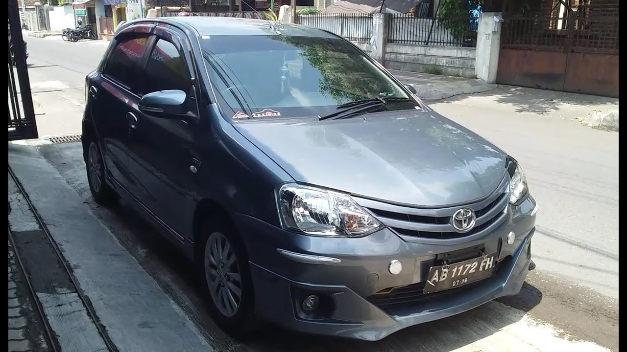 REVIEW SINGKAT Toyota Etios Valco (Liva) G mt 2014