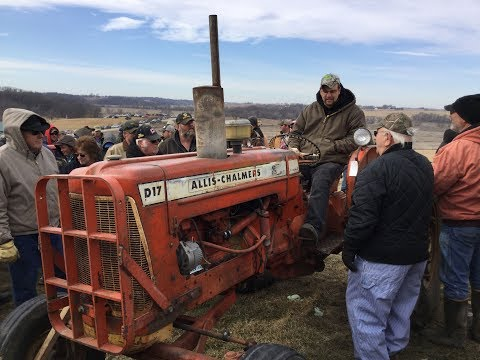 1963 Allis Chalmers D17 Series III Tractor Sold on Iowa Farm Auction
