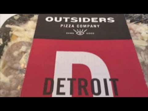 Outsiders Pizza Company – Detroit Style frozen pizza review