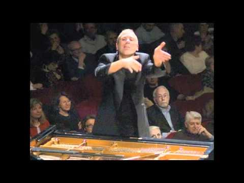 Mozart, Piano Concerto Nr.22 in E Flat Major K.482, Mov.III (Alexander Lonquich)