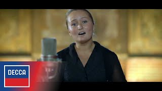 "Julia Lezhneva sings ""O nox dulcis..."" (excerpt) from Handel"