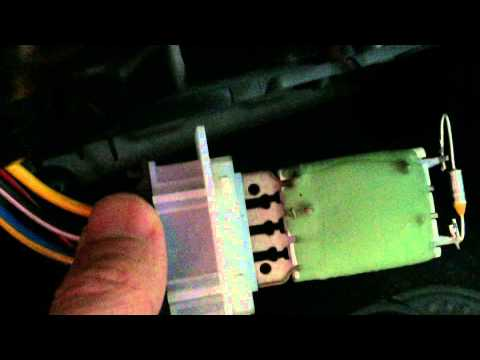 VW Passat air blower fuse location and fix if it only works on top speed / number 4