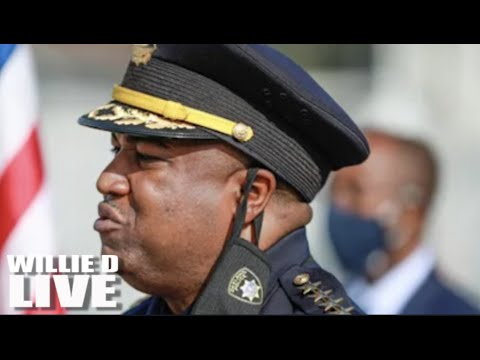 Black Oakland Police Chief MAD After City Leaders Defunds Him