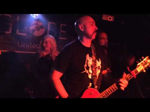 Black Leather Jesus - Devilish Presley live at the Globe Newcastle 21.11.15 last song last gig