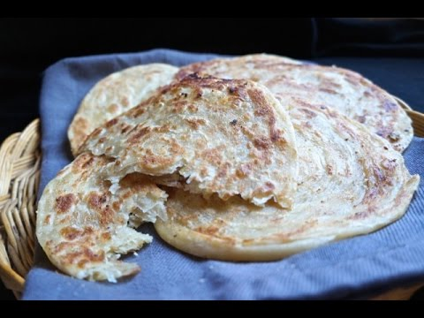 almond-filled-meloui-bread-moroccan-cuisine