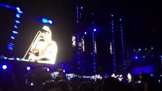 Red Hot Chili Peppers - Under the Bridge (Live @ Stade de France, Paris - 30 juin 2012)