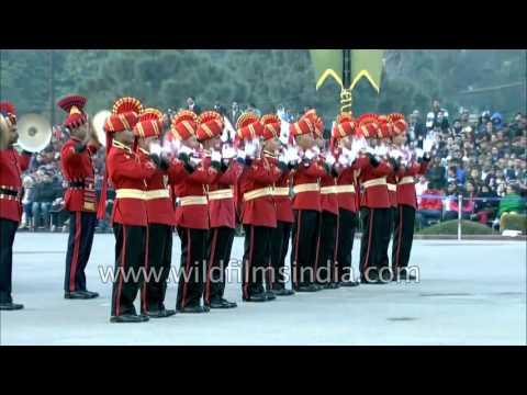 Indian Military Bands play 'Aye Mere Watan Ke Logon'