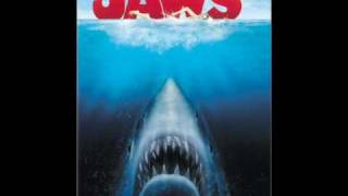 Jaws Soundtrack-16 Three Barrels Under