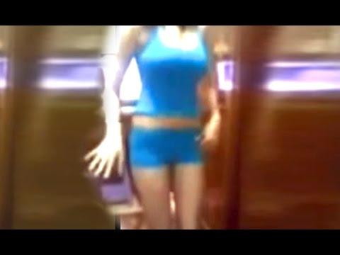 رقص منزلي بنت مصرية روعة اخر جمال   My house dance - Arab girl