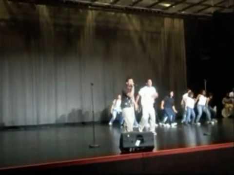 V.L.C y Bebo el sikario auditorio de union city high school.wmv