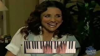 Julia Louis-Dreyfus Laughs Melodically But Jiminy Glick Doesn't Care For It