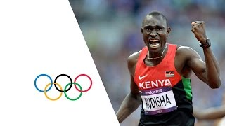 Rudisha Breaks World Record - Men's 800m Final | London 2012 Olympics(Check out the brandnew Olympic Channel: http://go.olympic.org/watch?p=yt Full highlights as Kenya's David Rudisha wins Gold in the Men's 800m Final and ..., 2012-08-09T20:11:48.000Z)