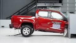 2019 Chevrolet Colorado crew cab passenger-side small overlap IIHS crash test