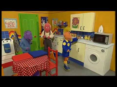 Be Safe With The Tweenies Hot Cooker