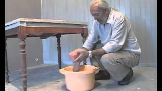 Réalisation d'un béton ciré - Tuto bricolage avec Robert pour réaliser un béton ciré au sol, au mur