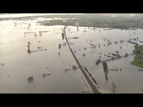 UK floods: Somerset flood zone - video