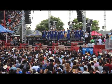 Banda Carnaval 'Olvidarte no sera sencillo' en vivo- Pico Rivera Sports Arena jun 23 2013