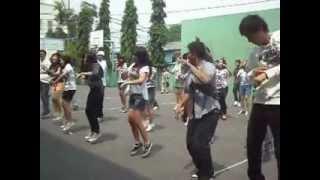 "Shuffle, Dance, Flash Mob by ""Stripe Team"" SMP Strada Santa Maria 1 Tangerang"