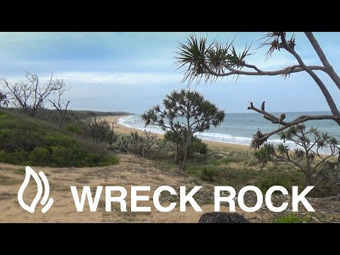 Wreck Rock camping area - Deepwater National Park