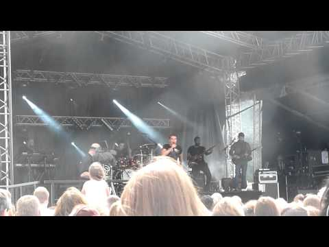 Joe McElderry - Someone Wake Me Up - Bents Park, South Shields 2015