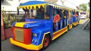 Naik kereta api tut tut tut nyanyi lagu anak bintang kecil bersama teman paud di perayaan Kartini