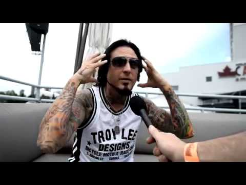 Jason Hook FIVE FINGER DEATH PUNCH Interview