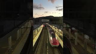田沢湖線駅 E6こまち同時発車