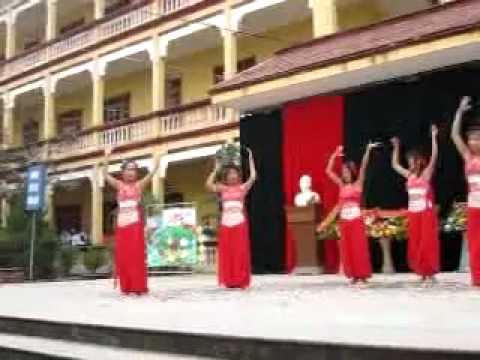 Múa Ấn Độ - 11B2(nien khoa 2009-2012) THPT Phạm Ngũ Lão - Thủy Nguyên - HP
