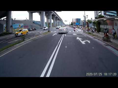 07 25 BEF-5059 你先切兩個車道進內側再立刻切兩個車道出去