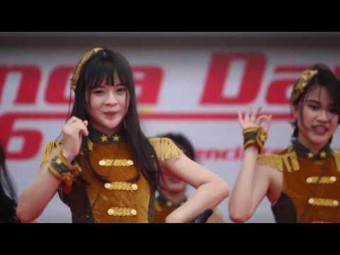 [FANCAM] JKT48 - Pareo, Lucky Seven, 365 Nichi No Kamihikouki @Honda Day, ICE BSD 29-10-2016
