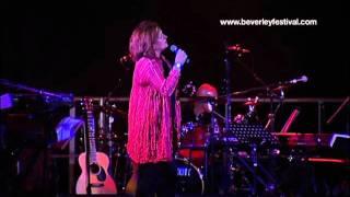 Barbara Dickson LIVE at Beverley Festival 2011 - Caravans -