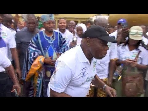 Obasanjo Walks, Dances For Diabetes Awareness