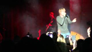 "Nick Carter ""Burning Up"" - BSB Cruise 2011"