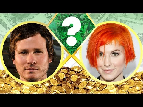 WHO'S RICHER? - Tom DeLonge or Hayley Williams? - Net Worth Revealed! (2017)