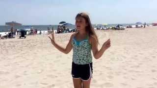 6 Things Teens/Tweens Do At The Beach