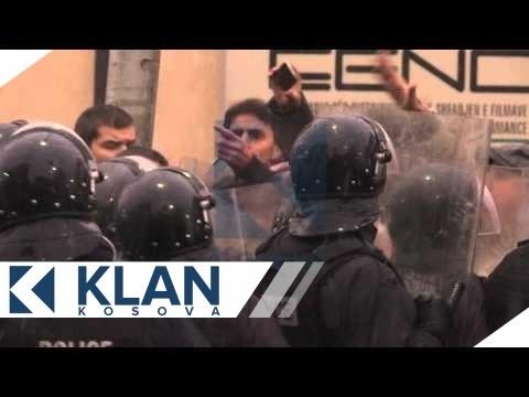 Çfare i ndodhi Shpend Ahmetit te Vetevendosje - 28.11.2015 - Klan Kosova.