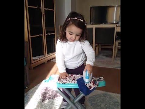 Zeynep Naz Yeni Oyuncağı Ütü Masası İle Oynuyor :)