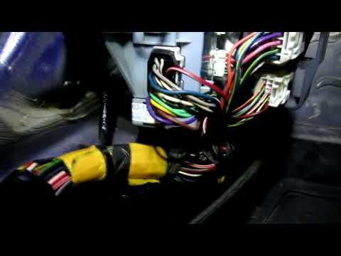не работает центральный замок Mazda 6 2008