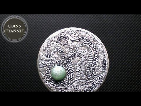 $10 Silver Coin FIJI 2013 - Year of the Snake 1oz + green Aventurine