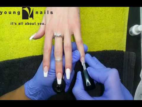 YOUNG NAILS SOUTH AFRICA - FREDERIK - TUTORIAL -HOW TO APPLY ULITIMATE FINISH GEL