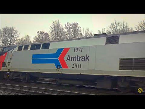 BNSF Train Meets CSX Train In Surprise Meet