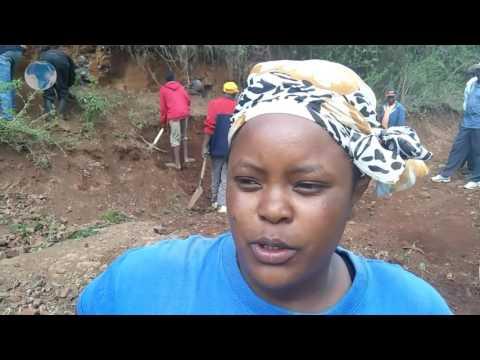 Kieni residents protest poor roads